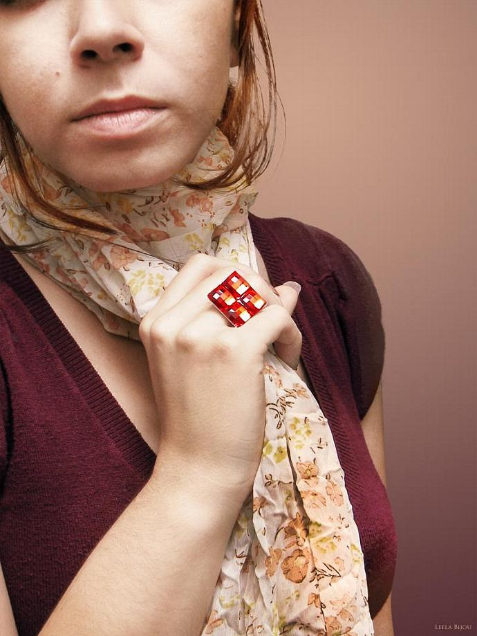Passion Red Ring Swarovski Crystal Silver Plated Square