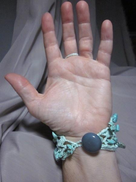 Slave Bracelet Handflower Finger Bracelet Turquoise Howlite