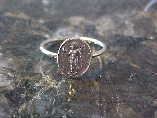 14K Cupid ring