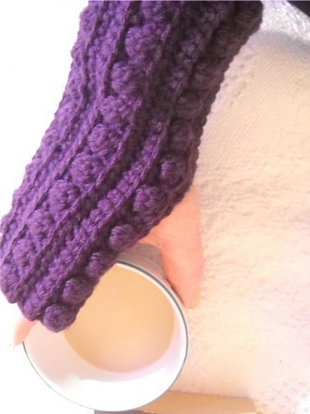 Crocheted Fingerless Mitts in Purple