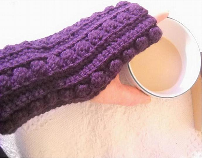 Crocheted Fingerless Mitts in Purple