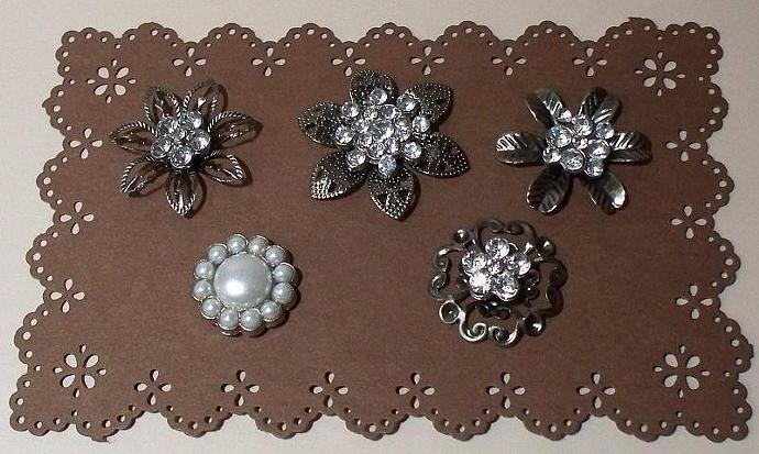 5 Metal Brads Embellishment
