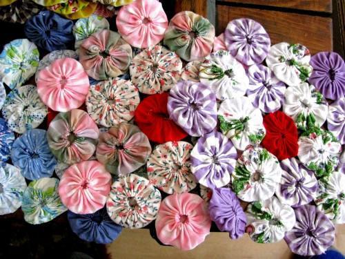 Grandmothers Flower Garden Vintage YoYo Quilt Blocks