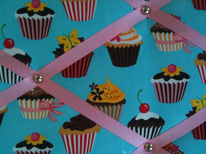 Pin Board/Notice Board/Memo /Chocolate Cup Cakes