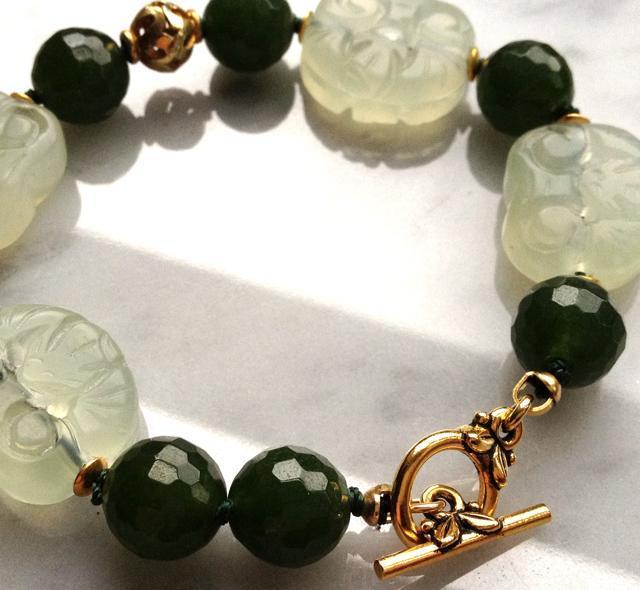 Jade Simplicity Carved Serpentine Bracelet