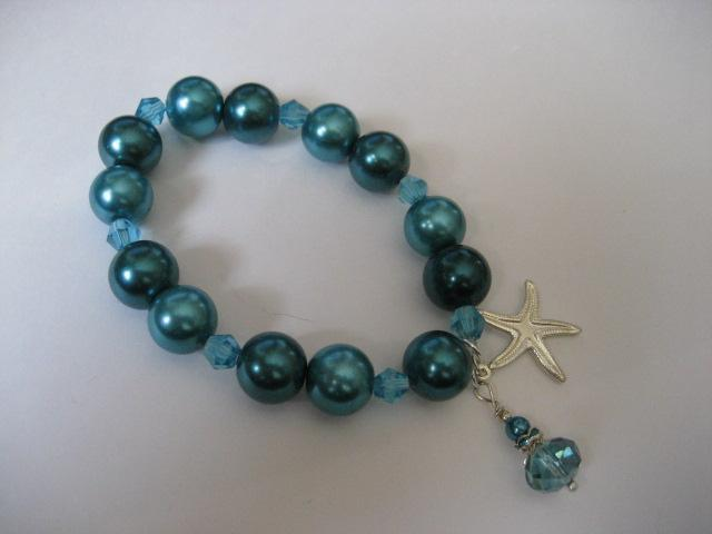 """Starfish of the sea"" Stretch Bracelet Teal Aqua  glass pearls"