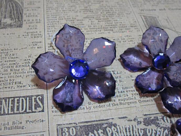 6 - Lg. Purple Acrylic Flower w/ Stem