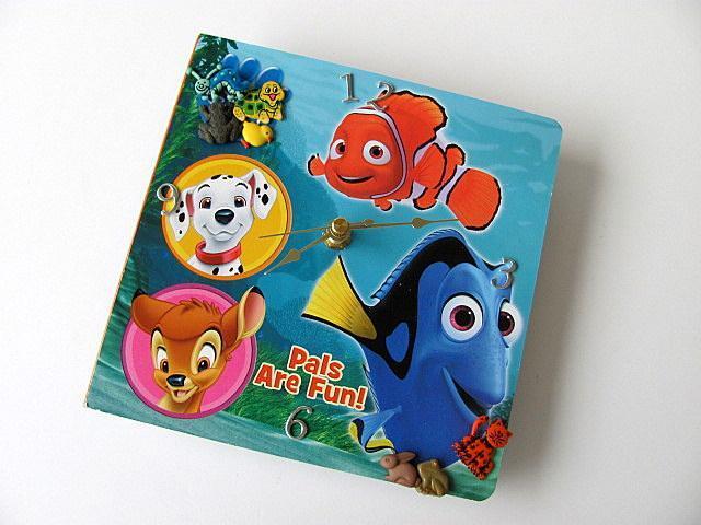 Pet Pals Book Clock
