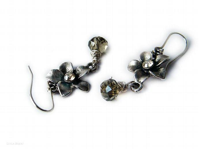 Flower Drop Topaz Earrings Golden Swarovski Crystal Silver Plated Beige