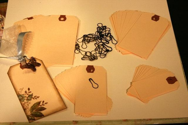 """40 manila shipping hang tags for scrapbooking 4 sizes and 40 """"vintage"""" garment"""