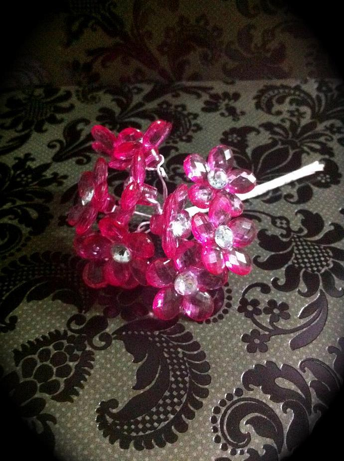 Acrylic Medium Flower- Hot Pink