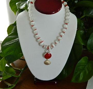 Sterling  silver  red  onyx  coral  and  cat's  eye  necklace  earrings