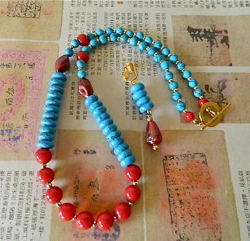 Turquoise  rondelles  and  red  glass  beads  necklace  earrings