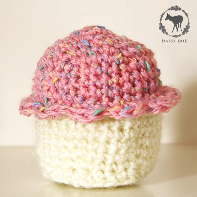 Sweet crochet cupcakes (set of three)