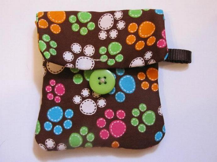 Multi-Color Paws Paw Print Pooch Pouch Treat Trainer Poop Bag Holder