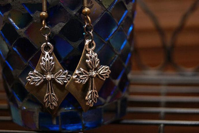 Cross & Shield  - Bronze Silver - Charm Pendant Earring