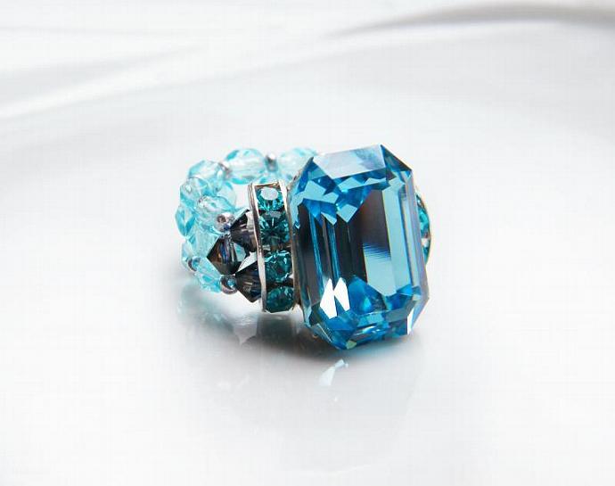 Delicate Aquamarine Beaded Ring Swarovski Crystal Turquoise Blue