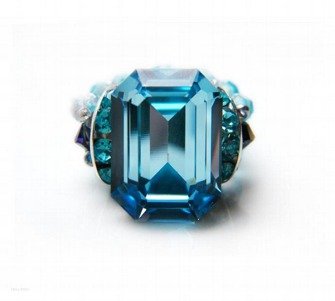 Delicate Aquamarine Beaded Ring Swarovski Crystal Turquoise Blue