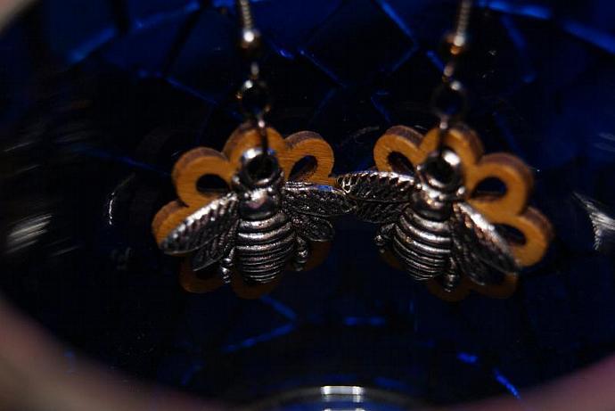 Bee Earrings - Wood Flower Charm