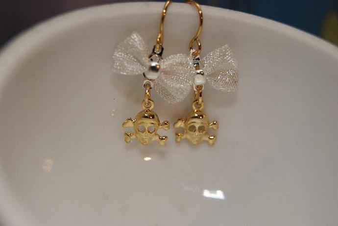 Girlie Skull Earrings - Bow Charm Pendant - Micro Mini