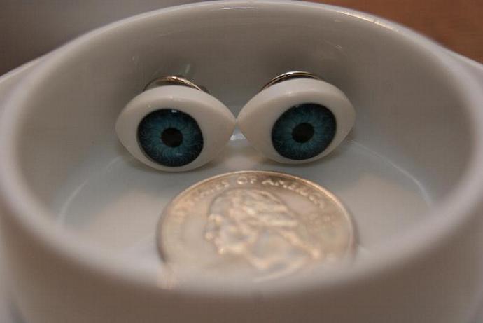 Eye See You - Clutch Pins