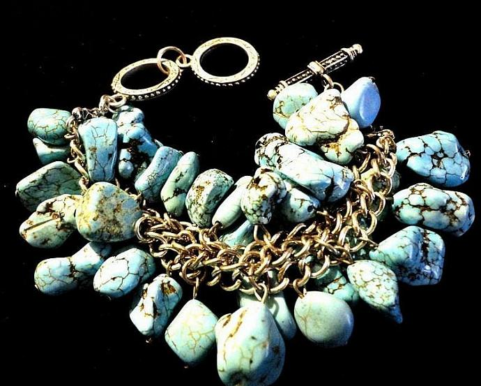 VINTAGE 80s Turquoise Chunks Dangle Silver Tone Bracelet with toggle
