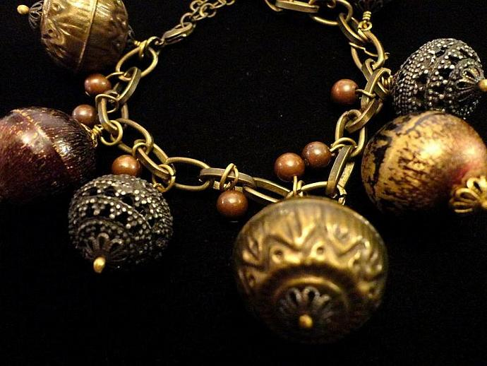 VINTAGE 70s Etruscan inspired Brass linked chain with 7 Charms Bracelet
