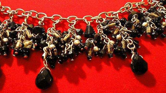 VINTAGE 60s Bib with clusters of jet black dangle beads on Silver tone chain