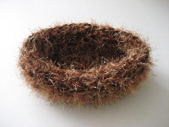 Fuzzy Baby Nest in Bornw/Copper Mix