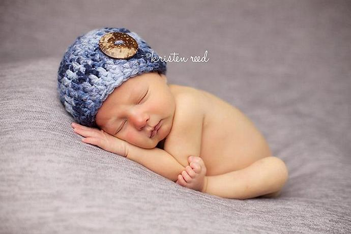 Multi-Blues beanie with Coconut Button