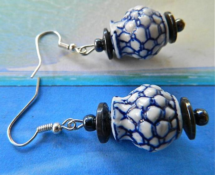 Chinese     ceramic flower  pots   and  hematite   earrings
