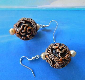 Carved  Chinese  dragon  phoenix  pearls  earrings