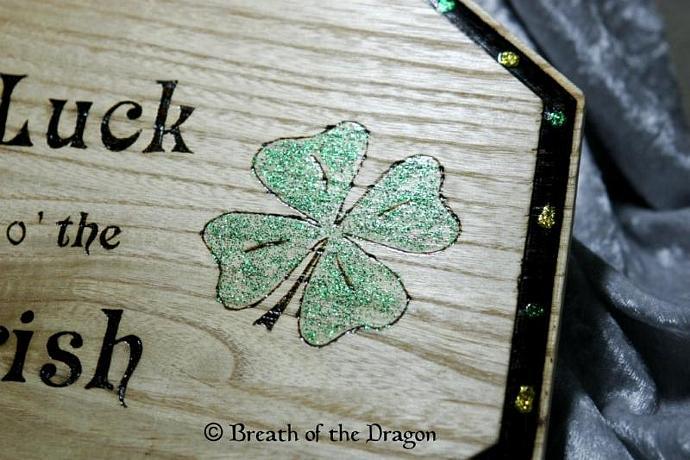 Luck o' the Irish plaque