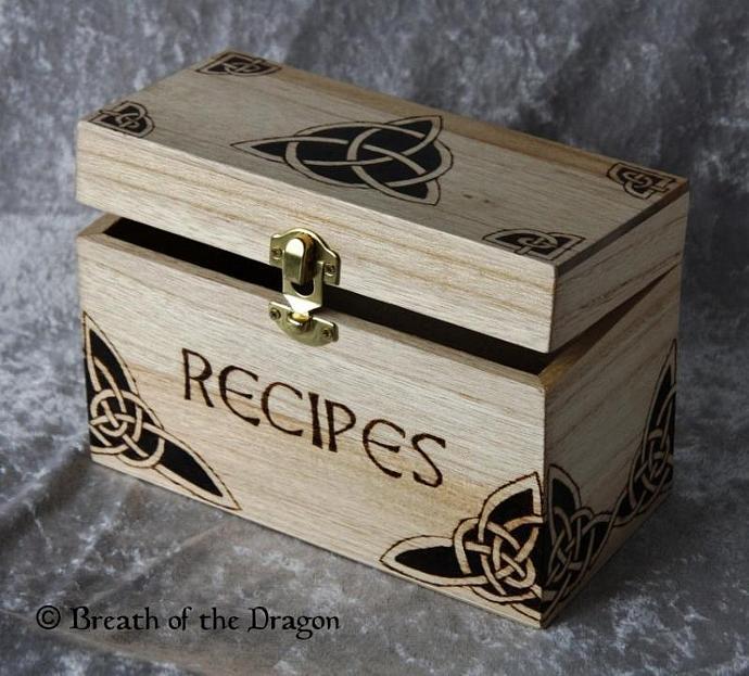 Celtic Triquetra recipe box