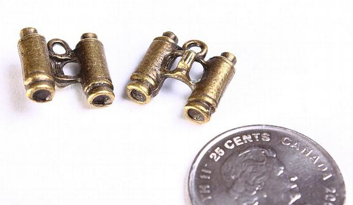 4 Binocular charm pendant antique brass antique bronze 4pcs (571)