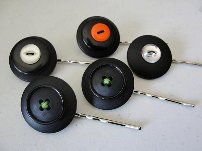 Custom Color Button Hairpins Set