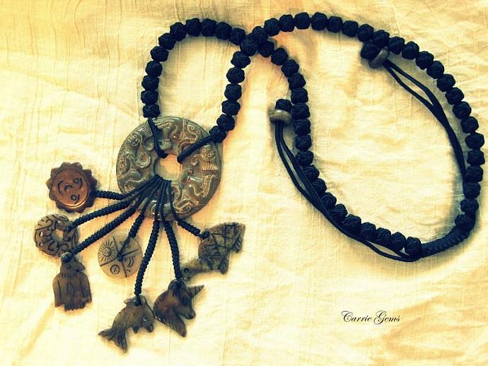 Hand Knots Jade Necklace