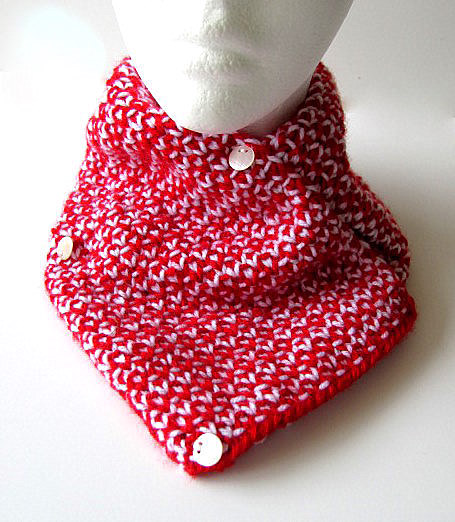 Red and White Knit Woven Scarflette
