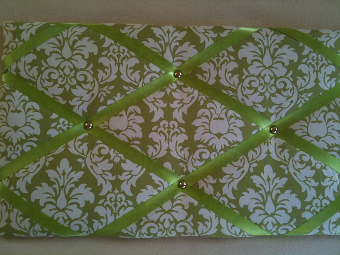 "Pin Boards/Notice Boards/Memo/ ""Green Damask"""