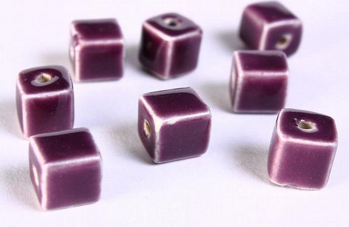 8 Purple violet mauve handmade bright glazed porcelain bead cube 8pcs 10mm (674)