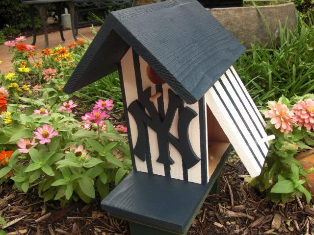 Birdhouse - New York Yankees by ABCbirdhouses