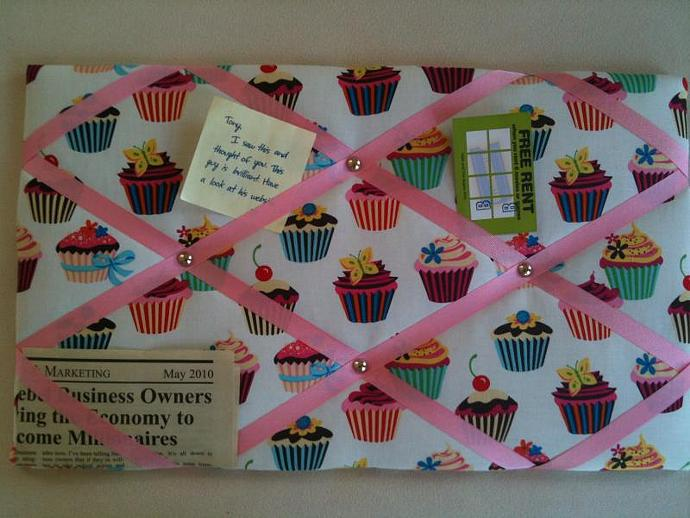 "Pin Boards/Notice Boards/Memo/ ""Candy Cupcakes"""