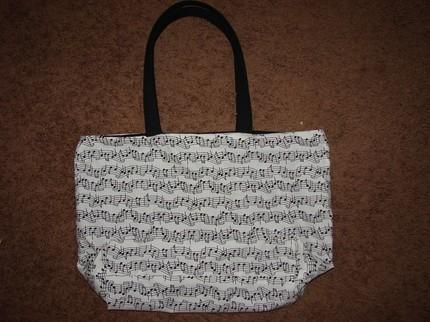 Music Notes fully lined Tote w/interior pocket Extra Large