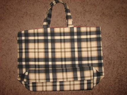Black Plaid Reversible Tote Extra Large w/red plaid liner