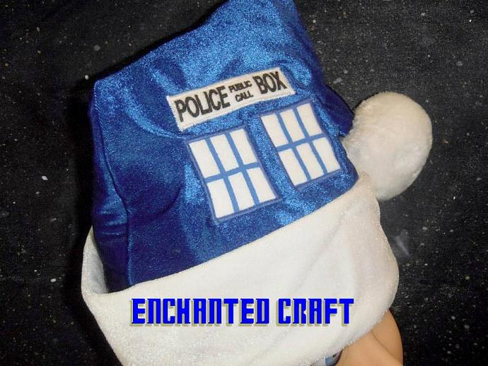 TarDIS SANTA hat for the Dr who fan-