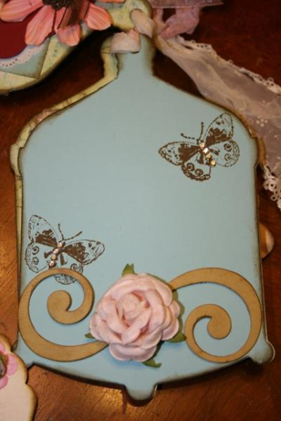 "Raw chipboard ""S"" flourish for embellishing your mini albums and scrapbooks CS3"