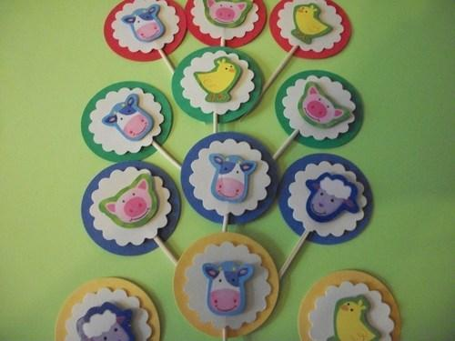 3d Assorted Farm Animals in Primary color circles cupcake toppers