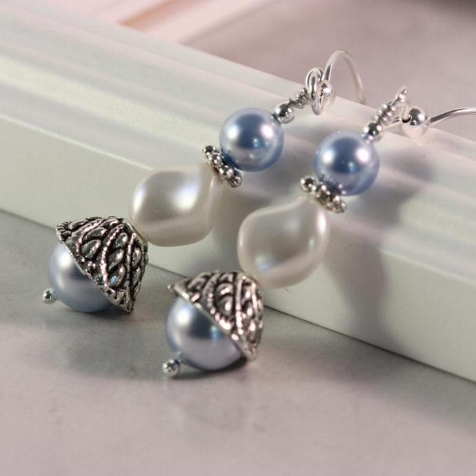 Baby Blue Pearl White Curved Pearl Earrings