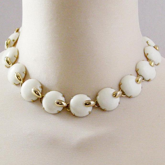Vintage 50s Necklace Cream Round Domes and Shiny Goldtone Geometric