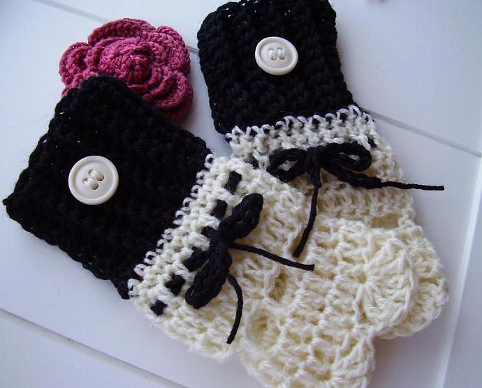 Ebony & Ivory Crochet Wrist-Warmers
